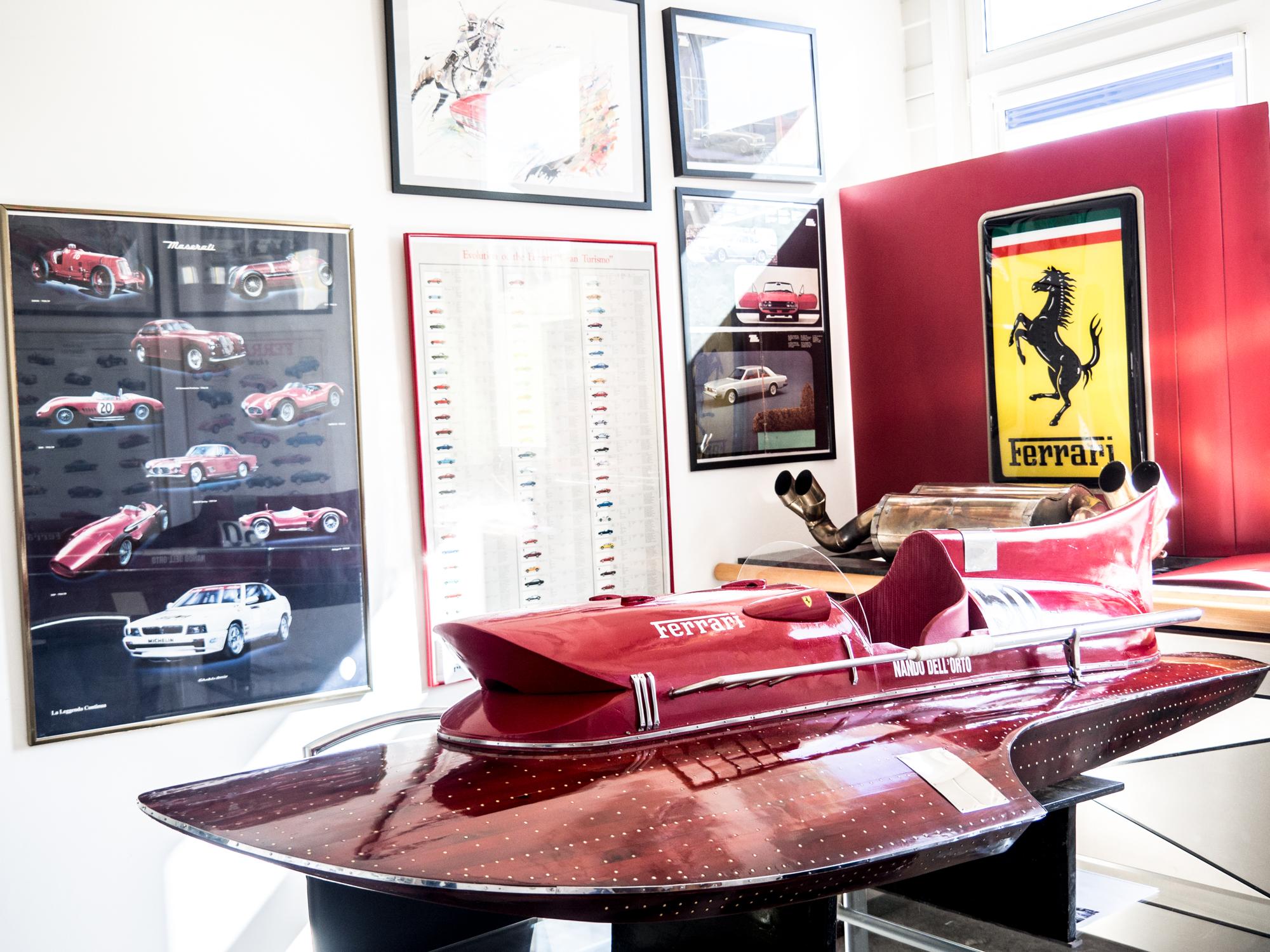Ferrari Hydroboot Arno XI